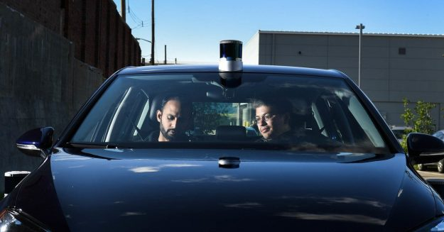 Feds Are Content to Let Cars Drive, and Regulate, Themselves