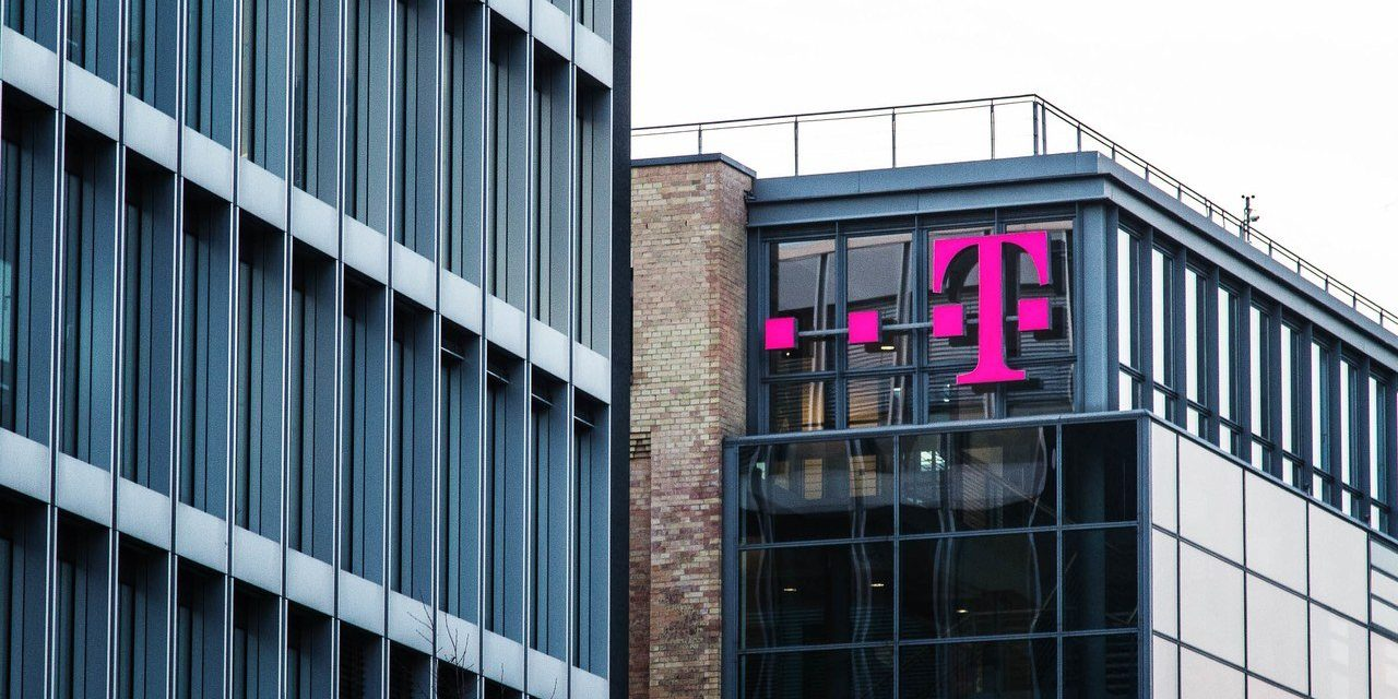 Judge Rules That T-Mobile Can Acquire Sprint