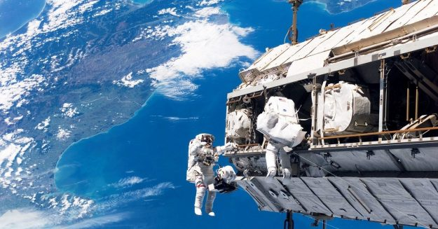 Measure the Speed of the ISS With Your iPhone