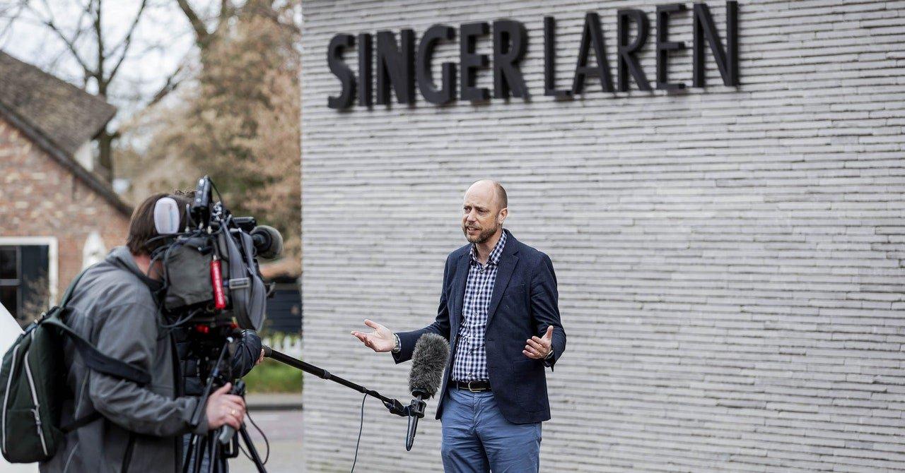 A van Gogh Art Heist Tops This Week's Internet News Roundup